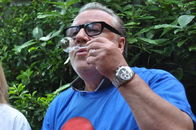Ray Winstone bubbles