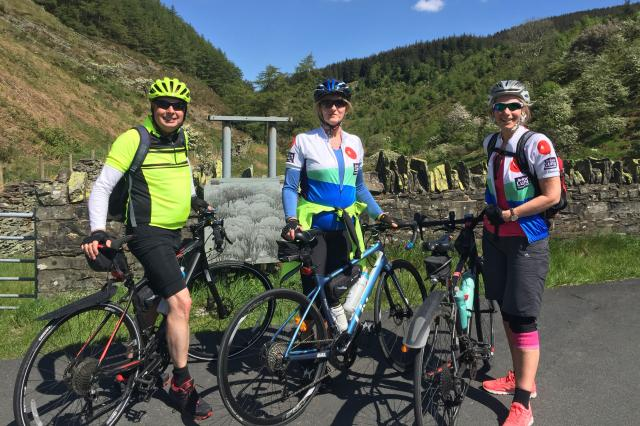Karen, Mark and Ali - Coast to Coast challenge for British Lung Foundation